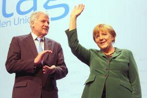 Bild Seehofer Merkel